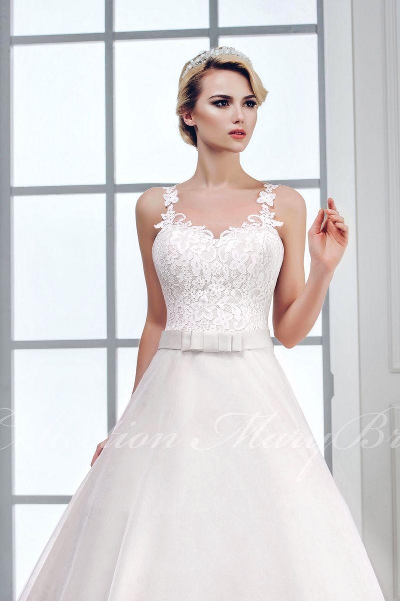 Be A Princess E Shop Bile Svatebni Saty Na Krajkova Raminka S